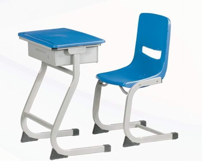 Z型课桌椅