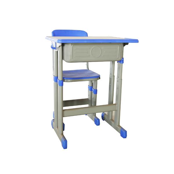校用课桌椅